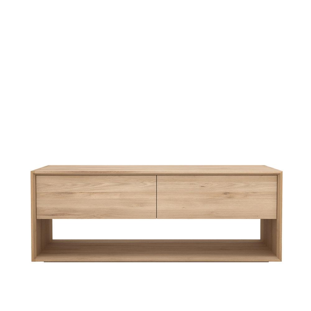 meubles une chaise sur le toit partenaire de vos projets. Black Bedroom Furniture Sets. Home Design Ideas