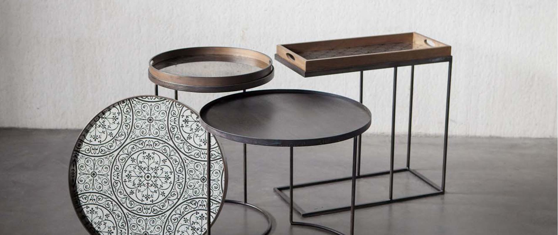 chaise une chaise sur le toit magasin de meubles chaises. Black Bedroom Furniture Sets. Home Design Ideas