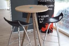 Création - Table haute en chêne pour coin d'attente